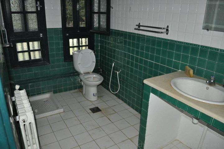 salle de bain auberge ain boussadia