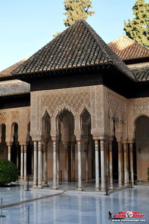 Patio des lions Palais Nasrides Alhambra